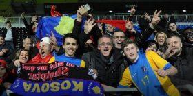 Babai i lojtarit të Kosovës, qau pas miqësores me Frankfurtin (Foto)