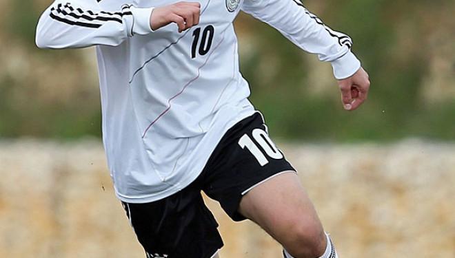 Bunjaku publikon listën për miqësoret me Frankfurtin dhe Werderin