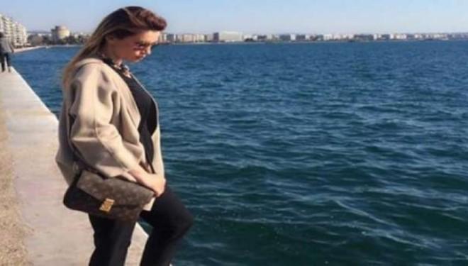 "Leonora Jakupi, ""lodhet"" duke pritur! (Foto)"