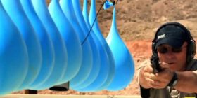 Sa tullumbace me ujë mund të ndalojnë një plumb?