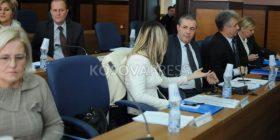 Grupi i LDK-së: Ahmeti ka bërë shkelje të ligjit dhe duhet të largohet