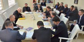 Digjitalizohet administrata e Komunës së Gjilanit edhe për vajtje-ardhjet e punëtorëve