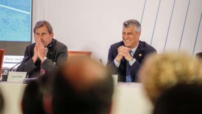 Hahn na i shuan shpresat: Nuk e di kur do t'u hiqen vizat kosovarëve