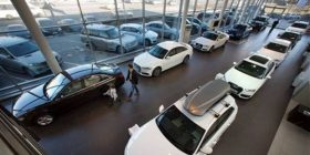 Qeveria ruse mbështet tregun e automobilave me 400 milionë euro