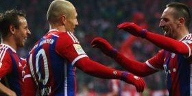 Guardiola: Nuk mund t'i zëvendësoj Robbenin dhe Riberyn