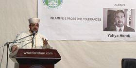 Ferizaj: Imami amerikan Handi pohoi se grupet terroriste nuk përfaqësojnë Islamin