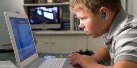 """Prindi: """"Si ma shkatërroi djalin 11-vjeçar pornografia në internet"""""""