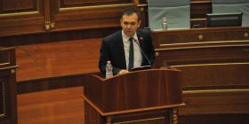 Selimi: Disa deputetë janë kundërshtar të Republikës së Kosovës