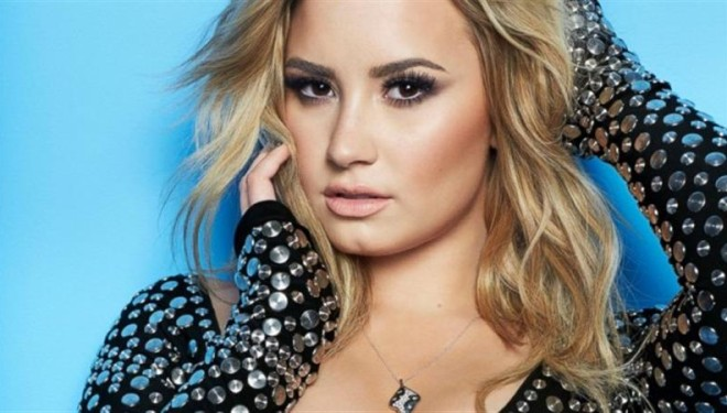 Lovato: Do të doja një duet me Eminemin