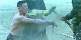 Shikoni si stërviten këto ushtarë korean (VIDEO)