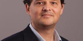 Kush po e shantazhon ish-aktivistin e VV-së, Arben Gecajn
