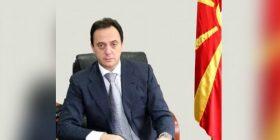 Mijallkov vazhdon të paraqitet në punë, pavarësisht dorëheqjes