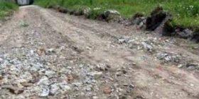 E çuditshme: Hajnat vodhën asfaltin menjëherë pasi ishte shtruar!