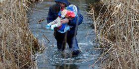 Ky fëmijë që bëri bujë në të gjitha mediat botërore, ndërron jetë në kampin gjerman (FOTO)