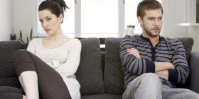 """Kritikat dhe ofendimet që """"vrasin"""" marrëdhënien tuaj bashkëshortore"""