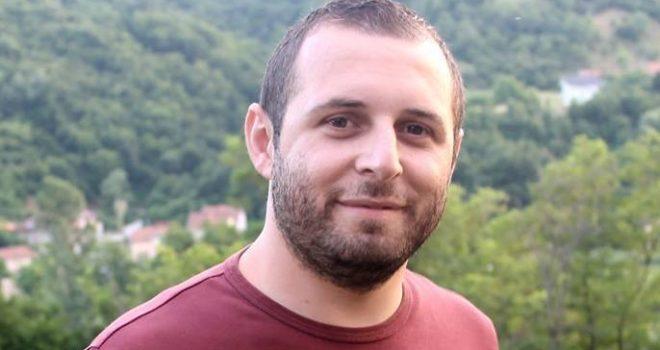 Standardet e dyfishta në Kosovë