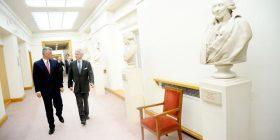 Thaçi fton ndërmarrësit francezë të investojnë në Kosovë