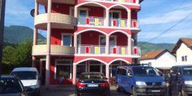 Arrestim i madh: Duke lypur kanë fituar 2 milionë euro, ja çfarë shtëpi kanë ndërtuar! (Foto)