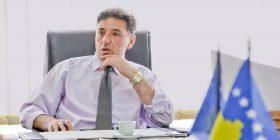 Kryetari i Kamenicës dëbon KTV-në nga salla e KK dhe ofendon ekipin televiziv [video]