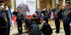 Vetëm Lista Serbe nuk e nderoi Isa Boletinin në Prishtinë