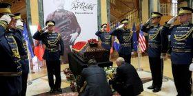 Turp, e faqja e zezë për politikën: Asnjë politikan shqiptar në nderim të Isa Boletinit
