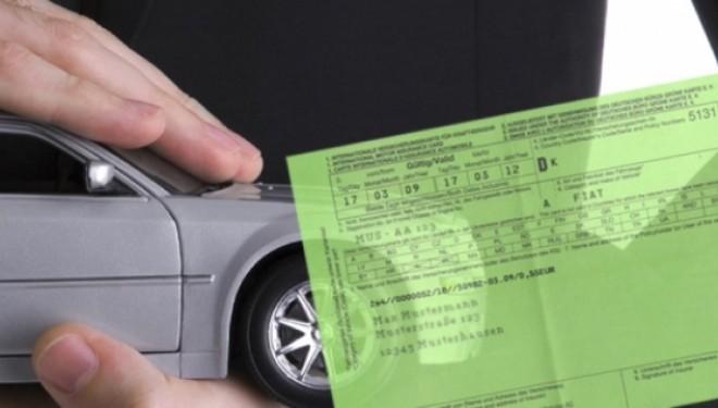 Ekspertët thonë se automjetet e pasiguruara vështirësojnë anëtarësimin në Kartonin e Gjelbër