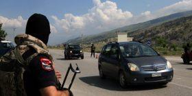 400 policë hyjnë në Lazarat