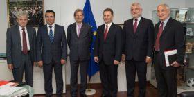 Përfundojnë pa rezultat bisedimet për krizën në Maqedoni