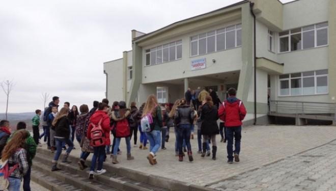 Dhuna në shkolla, fenomen shqetësues