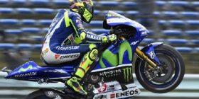 """Garë dhe fitore e """"çmendur"""" e Rossit në Assen"""