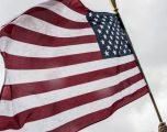 Ambasada Amerikane: Armët nuk kanë vend në parlamente