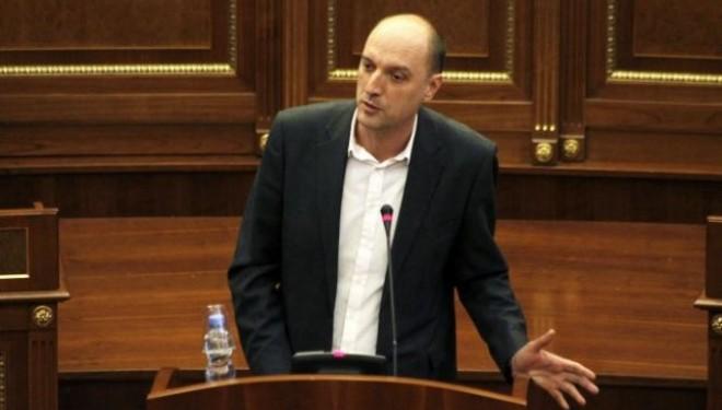 Ymeri: Veseli i kërcënoi deputetët e Vetëvendosjes