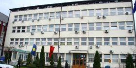 Kushëriri i Drejtorit Administrativ, vjedh miksetën e Komunës së Gjakovës