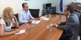 Ministrin Hoti, u takua me përfaqësues të Institutit KAF