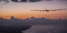 """Avioni """"Solar Impulse 2"""" ulet në Hauai"""