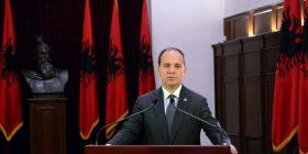 Nishani u bëri thirrje partive shqiptare për dialog për kompromis