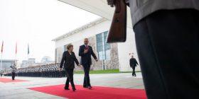 Merkel: BE s'i përjashton myslimanët
