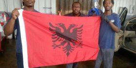 Amerikanët duan të bëhen shqiptarë…