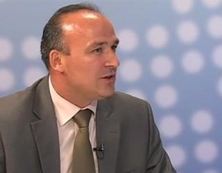 Deputeti i LDK-së: Qeveria ia fali Malit të Zi rreth 9000 hektarë tokë
