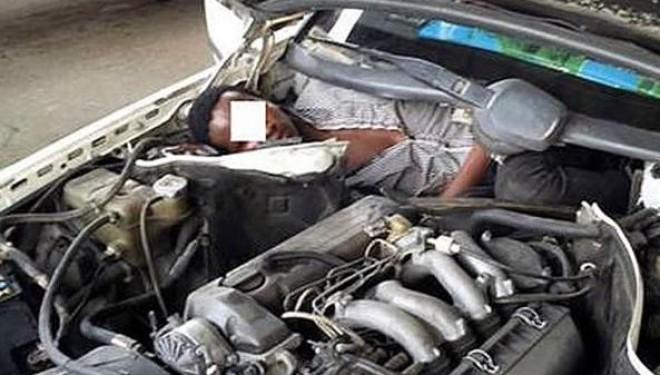 E pabesueshme, emigranti zbulohet në motorin e makinës (Foto)