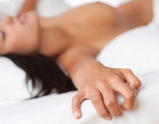Masturbimi përmirëson shëndetin e femrave, ja pse!