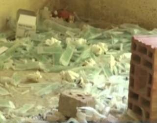 Shtëpia e braktisur në Prishtinë, vendtakim i narkomanëve (Video)