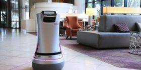 Hotelet në SHBA po përdorin robotët për shërbimin e dhomës