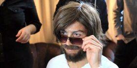 Kamera e fshehtë e Ronaldos, maskohet si lypës në rrugët e Madridit (Video)