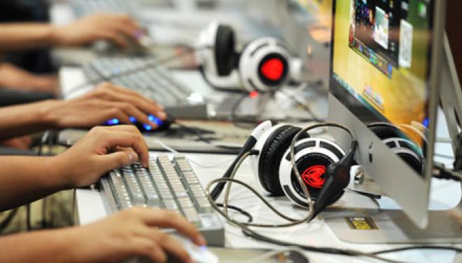 """Bënë """"thashetheme"""" në internet, rreth 200 persona dënohen në Kinë"""