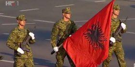 Kroatët festojnë Ditën e Pavarësisë – Aty valon edhe Flamuri kuq e zi (Foto)