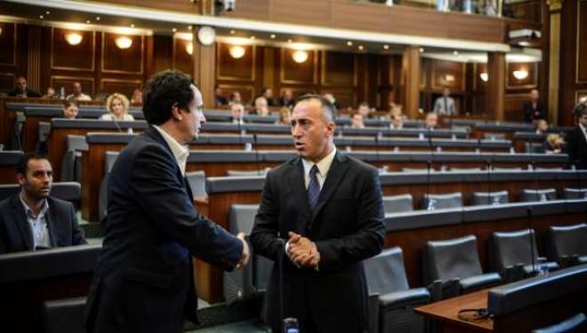 Albin Kurti ia vjedh idenë Ramush Haradinajt për pagesat e fëmijëve (VIDEO)