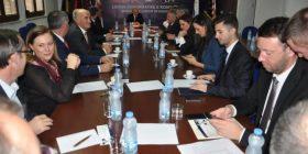 Mblidhet Kryesia e LDK-së, pritet qëndrimi ndaj vendimit të AKR-së