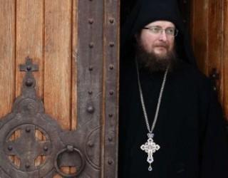 Një alarm nga Manastiri i Deçanit: Ka skenar për ndarjen e Kosovës, të reagojë Amerika