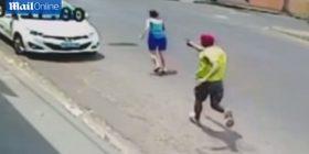 Momenti i tmerrshëm kur polici vret gruan e tij me pistoletë (Kujdes! Pamje të rënda)